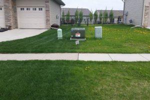 lawn.sidebyside